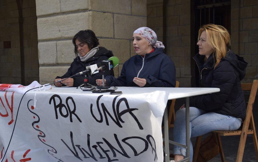 Momento de la rueda de prensa. Foto: bidasoa.hitza.eus