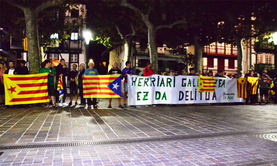 Kataluniako epaia salatzeko protesta