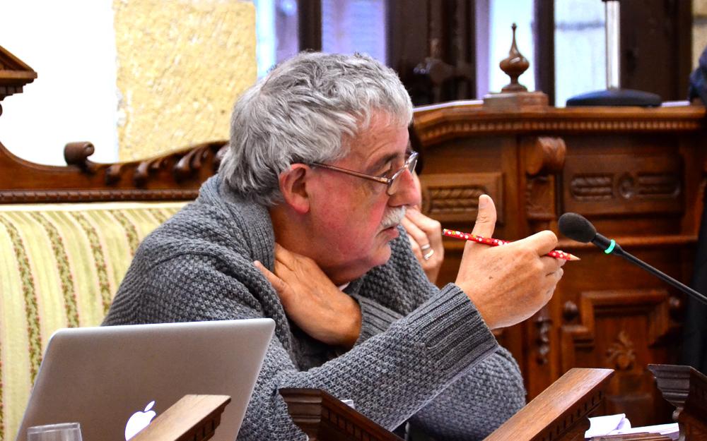 Iosu Alvarez Hondarribiko PSE-EEren bozeramailea aurrekontuen osoko bilkuran