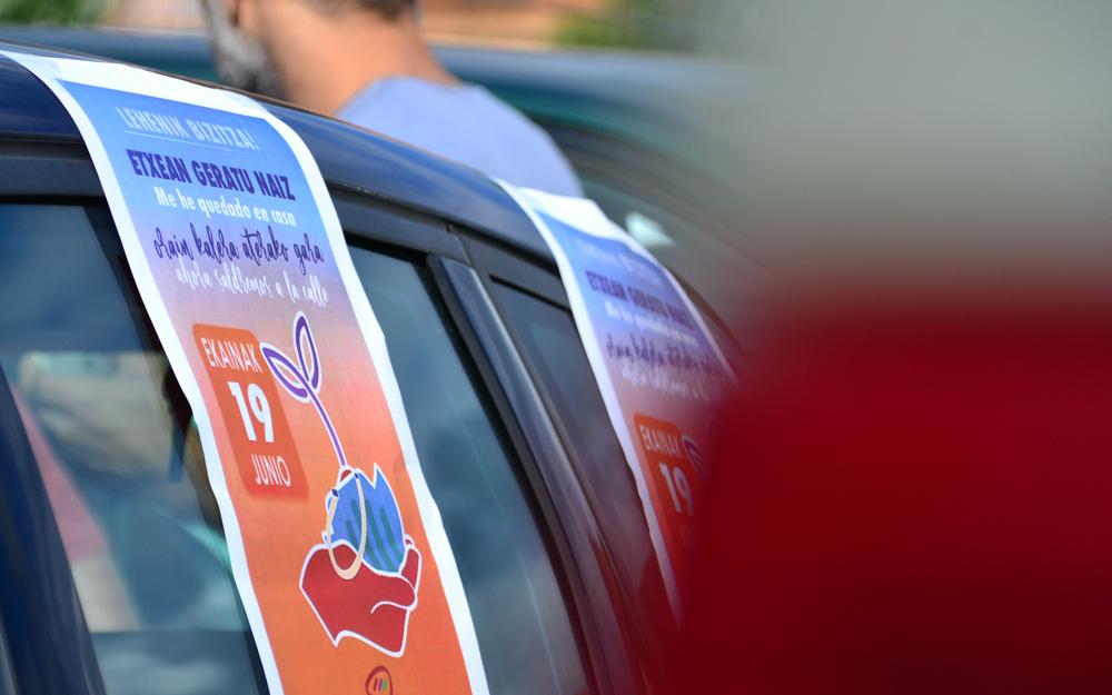 Eskubide Sozialen Karta. Auto karabana.