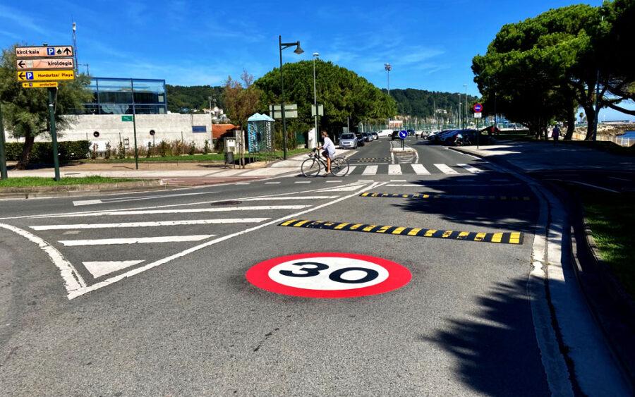 30 kilometro orduko muga ezarriko dute Hondarribiko hainbat lekutan.